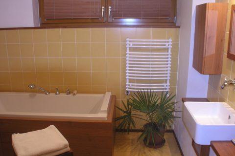 Nábytek do koupelny na míru P04