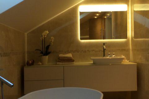 Nábytek do koupelny na míru P05