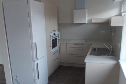 Kuchyně na míru P04
