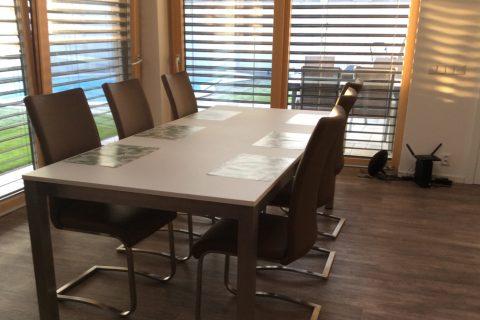 Stůl na míru P02
